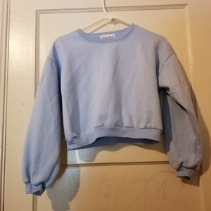 Cropped blue sweater